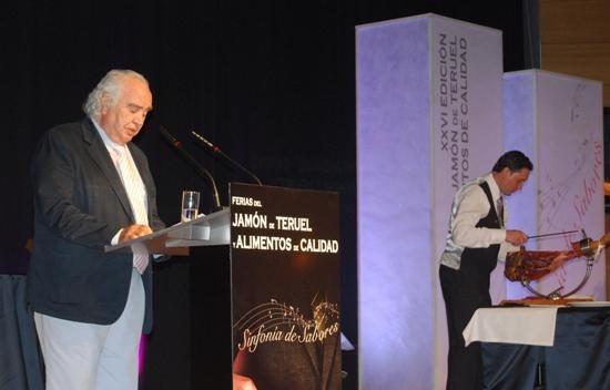 Antón García Abril ha sido el pregonero de la XXVI Feria del Jamón de Teruel y Alimentos de Calidad que ha arrancado hoy