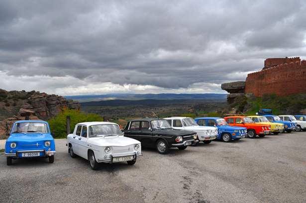 Imagen de los vehículos en Albarracín