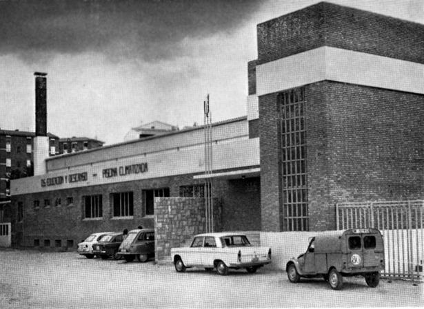 Han pasado 45 años desde que se anunció la construcción de la piscina cubierta.