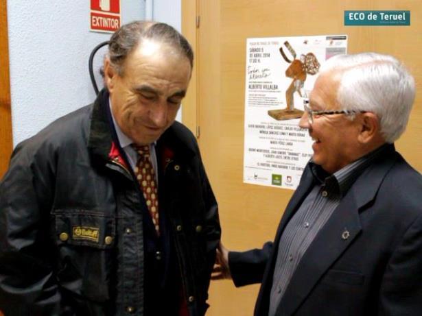 Un momento de la Charla entre nuestro colaborador Aniceto Blasco y el ganadero de Fuente Ymbro, Ricardo Gallardo, el sábado en Cella