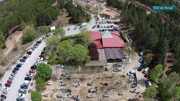 Vista aérea de la magnifica cafeteria de la Fuente Cerrada, cuya explotación sale ahora a licitación