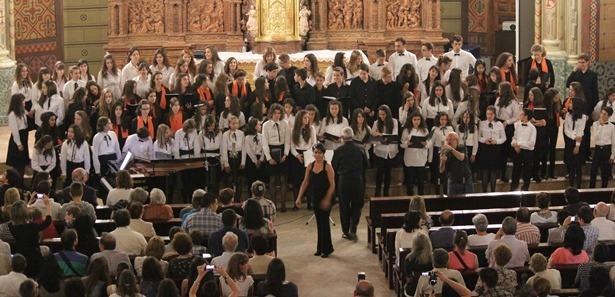 Las tres formaciones ofrecieron tres actuaciones conjuntas al final del concierto