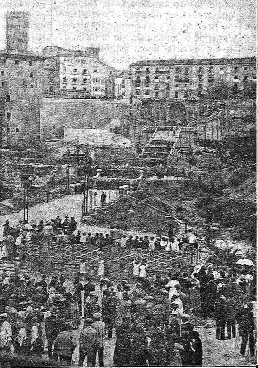 Inauguración de la escalinata, tal día como hoy del año 1921.