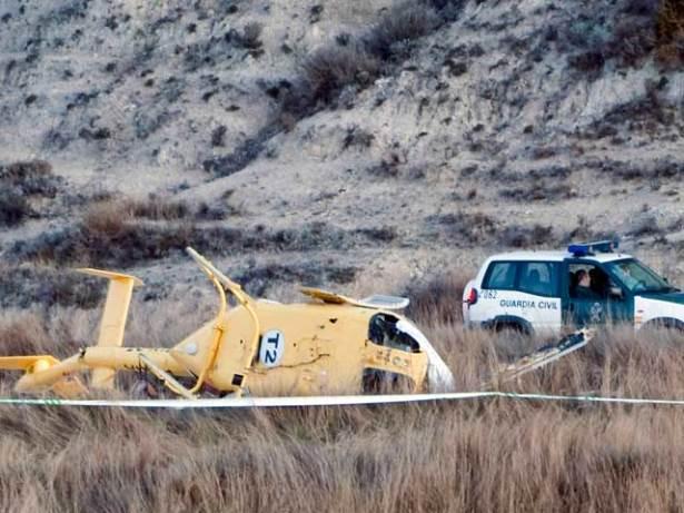 Una imagen del helicóptero accidentado