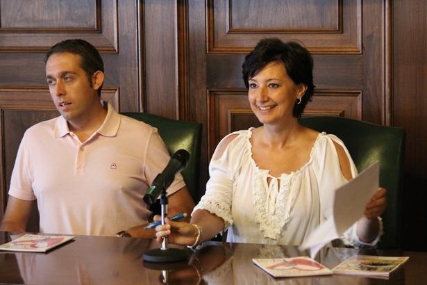 Rocío CasiNo y Antonio Soriano, esta mañana en el ayuntamiento