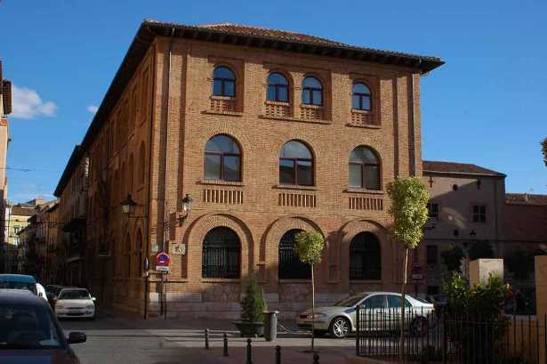 11-Teruel-Teruel-edificio-de-Correos