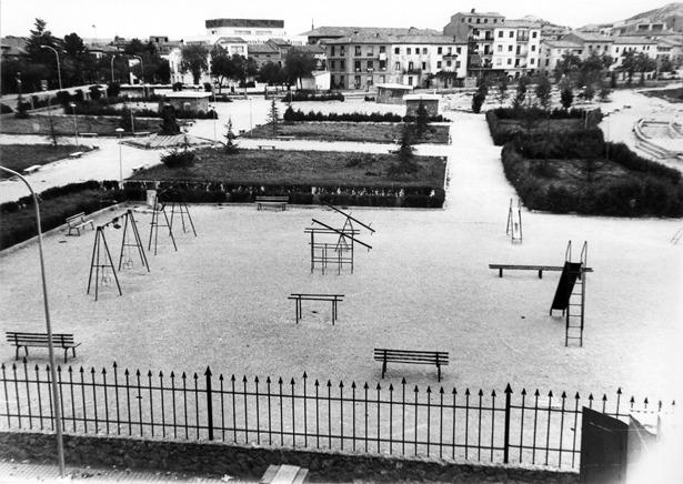 """Corría 1975 cuando un día como hoy comenzaron las obras del parque municipal de Teruel, antecesor del de """"Los Fueros"""" (Foto: Fidel Cantín)"""