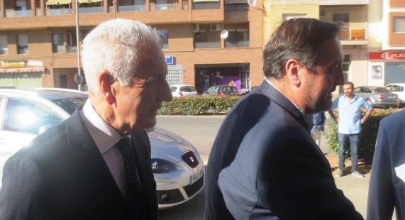 Los consejeros catalán y aragones, Lobón y Pelegrí