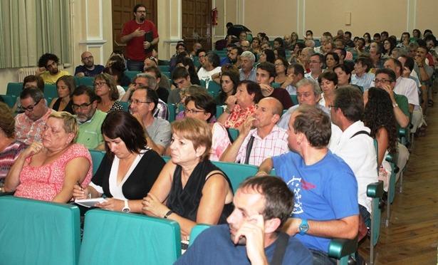 Imagen de la Asamblea de ganemos Teruel que se celebró ayer y que resulto muy participativa