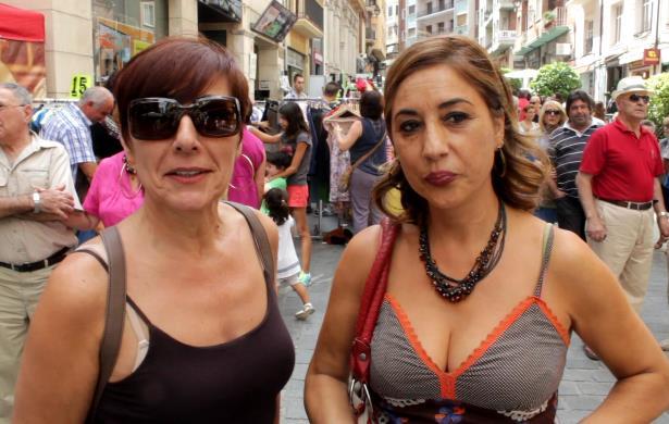 En la imagen, Pilar Perez (a la izquierda) e Isabel Cebollada