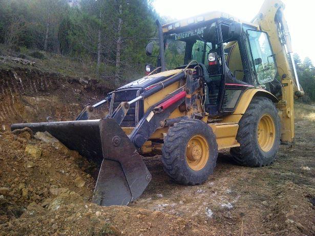 maquina comarcal trabajando