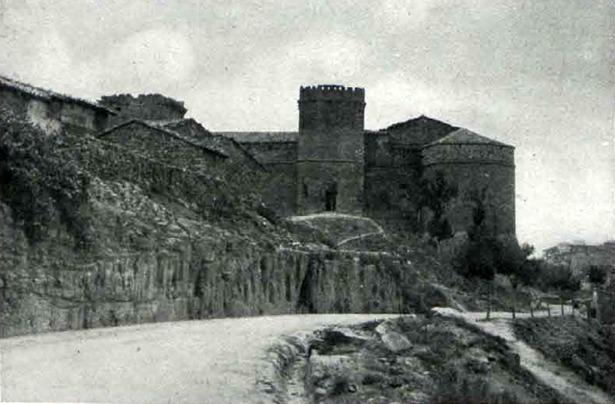 """El castillo de Mora de Rubielos fue declarado Monumento Nacional el 21 de mayo de 1931(Foto: """"Heraldo Deportivo"""", Hemeroteca Digital del Ministerio de Cultura)."""