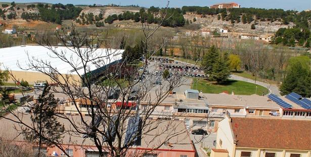 Se cumplen 40 años del inicio de las obras de Confecciones Teruel, un hito en su día por propiciar el empleo femenino (foto: miscelaneaturolense.blogspot.es)