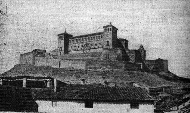 El castillo de Alcañiz fue declarado monumento histórico-artístico hace 90 años; la foto corresponde a 1929 (Biblioteca Virtual de Prensa Histórica)