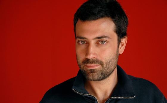 El escritor italiano Andrea Bajani, uno de los protagonistas del ultimo numero de la Revista Turia