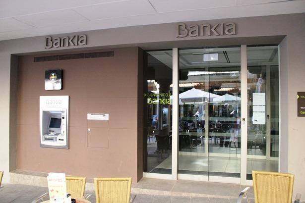 Bankia y banco de santander en teruel condenadas por for Bankia oficina por internet