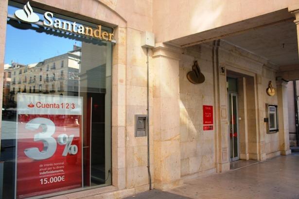 Imagen de una oficina del Banco de Santander en nuestra ciudad