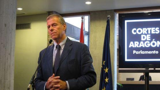 El presidente del Parlamento, Antonio Cosculluela,
