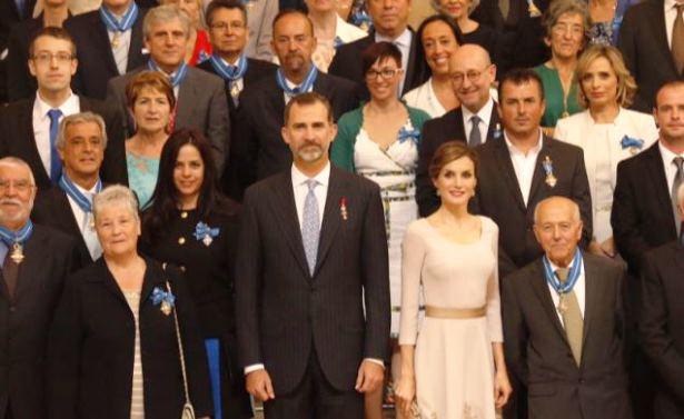 El matrimonio turolense, en la primera fila a la izquierda de la foto