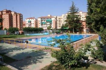 Imagen de la piscina del Polideportivo San Fernando
