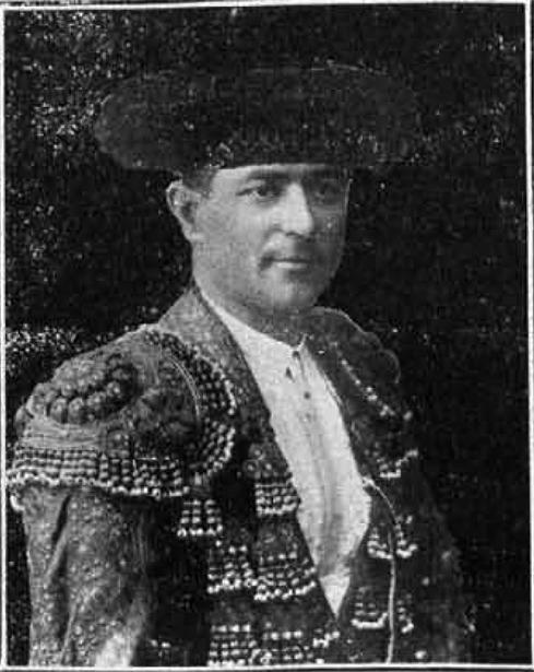 """El novillero de Rubielos de Mora Lorenzo Martín, """"Martinito"""", que fallecería prematuramente, fue el triunfador en una corrida que se celebró hace 107 años en la capital."""