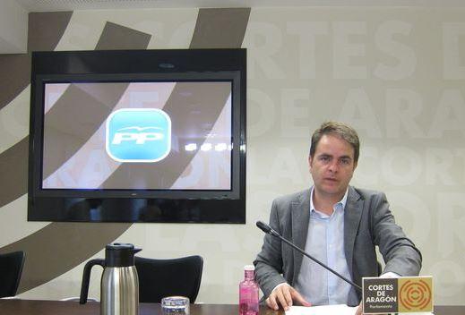 El portavoz del grupo parlamentario del Partido Popular (PP) en las Cortes, Roberto Bermúdez de Castro,