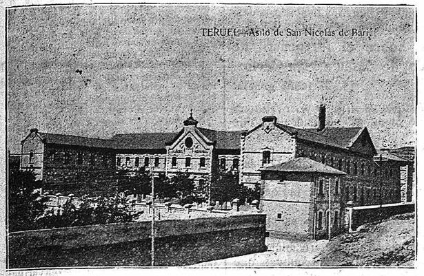 """Teruel agradecería a Dolores Romero la construcción del asilo de San Nicolás, fundado hace 105 años, dando su nombre al barrio anteriormente conocido como """"de las Estaciones"""" (Foto: Hemeroteca Digital)."""