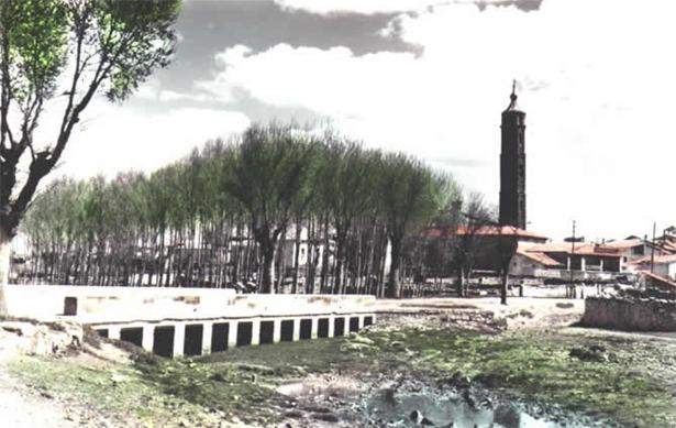 Muniesa, en la imagen, y otros pueblos próximos estrenaron el servicio telefónico un día como hoy de 1959 (www.muniesa.org).
