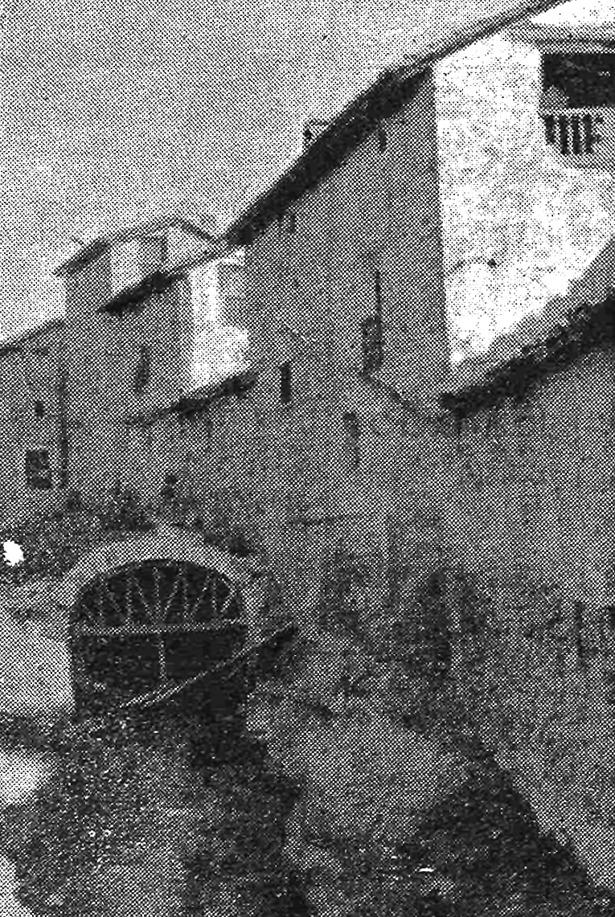 Inundaciones como la que hace 101 años afectó a Mora se debían en gran parte a un barranco que atravesaba la población y al que se vertían las aguas residuales; en la foto de 1922, obras de cubrimiento.