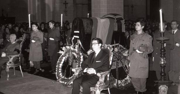 Funeral Franco001