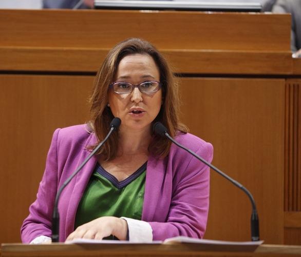 En la imagen, la Consejera de Educación Maite Pérez