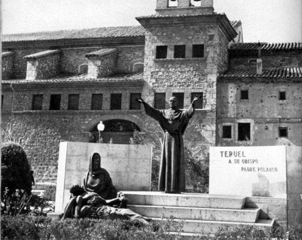 La construcción del monumento al obispo Polanco se hizo por suscripción popular, aprobada hace 64 años.