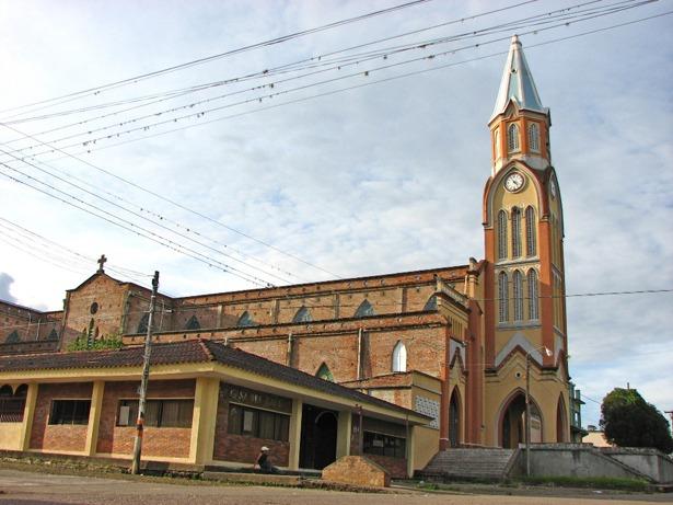 La entonces alcaldesa del Teruel colombiano –en la imagen, iglesia de la Candelaria- visitó el Teruel español hace nueve años.