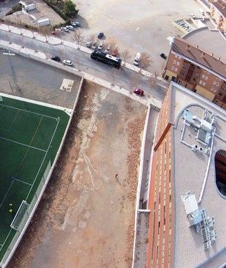 Una vista aerea del parque para perros de la Fuenfresca, junto al estadio Luis Milla