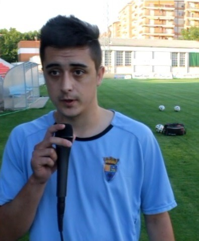 En la imagen, Vicente Alonso, el dia del comienzo de los entrenamientos del club , el pasado mes de Julio