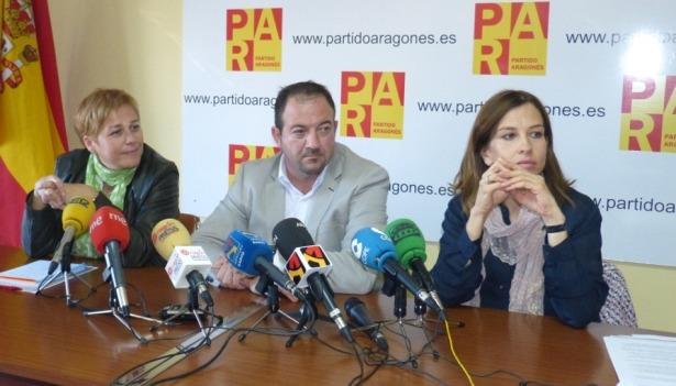 En la imagen, de izquierda a derecha, Berta Zapater, Ramón Millán y Maria Herrero