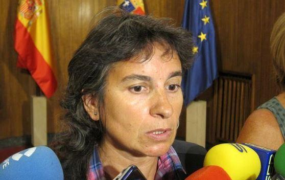 """La consejera de Derechos Sociales del Ayuntamiento de Zaragoza, Luisa Broto, ha manifestado que desde el equipo de gobierno municipal """"estaremos dispuestos a ser una de las ciudades que acoja"""" a los refugiados que llegan a Europa afectados por el conflicto de Siria,"""