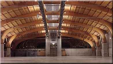 Interior del palacio de Exposiciones de Teruel
