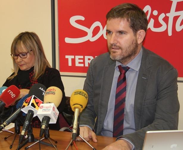 En la imagen, Perla Borao e Ignacio Urquizu