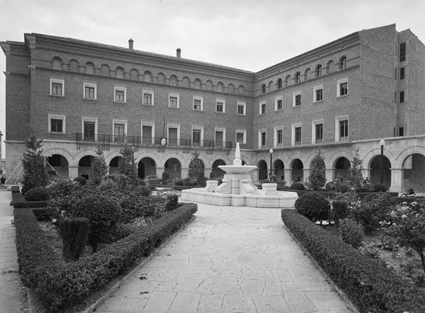 El Gobierno Civil pasó a ocupar las actuales dependencias, hoy como Subdelegación del Gobierno, en 1964 (Foto: Pando).