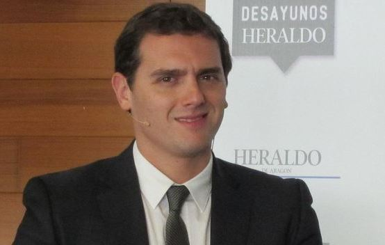 Rivera-generales-descarrilar-separatista-Cataluna_TINIMA20151117_0193_5