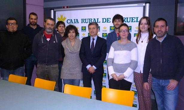 Varios teruel el cd teruel visita el hospital premios for Caja rural de teruel oficinas