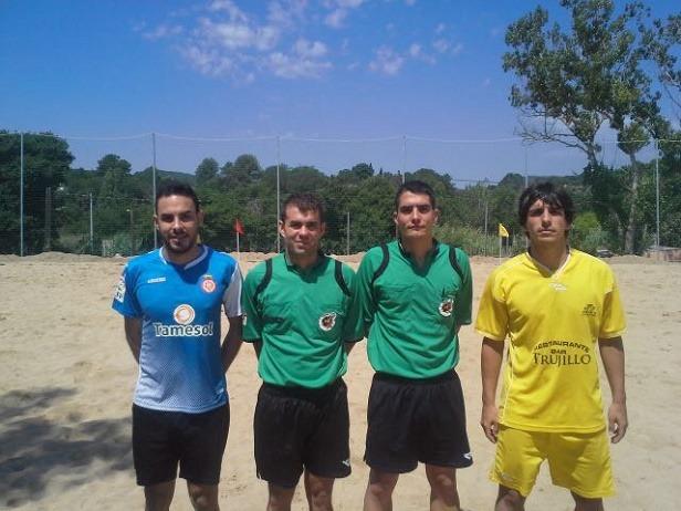 Carlos Aranda es el segundo por la izquierda