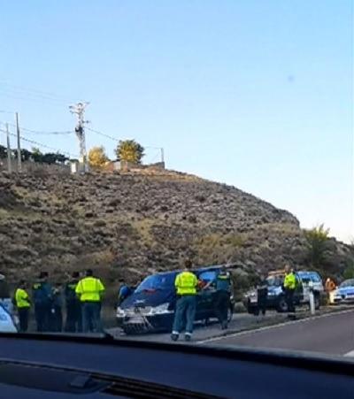 Una imagen del momento de la detención en la Carretera de Cuenca