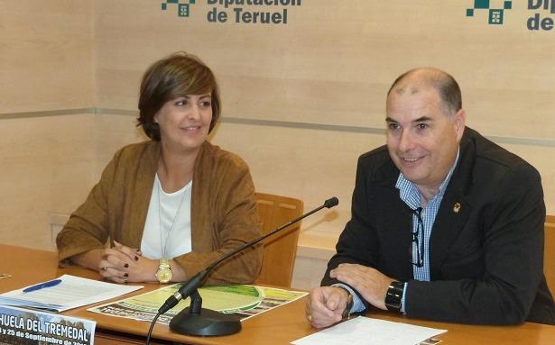 En la imagen de esta mañana,el diputado delegado del Área de Agricultura y Ganadería, Andrés Hernández, y  la alcaldesa de Orihuela, Rosa Sánchez.
