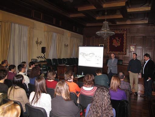 Imagen de archivo de una de las charlas de la Escuela Municipal de Madres y Padres