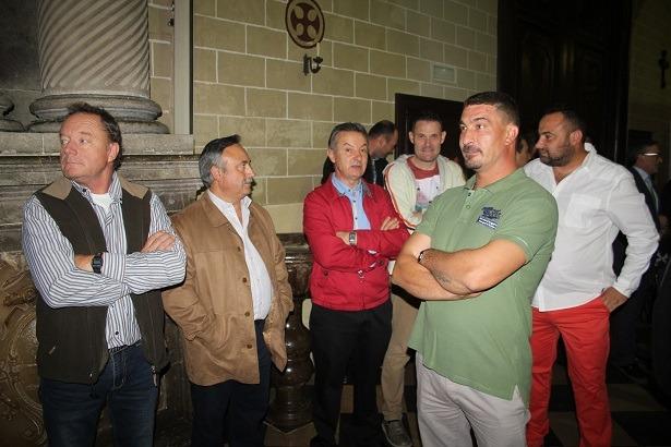Representantes de las empresas y oficios que han participado en la obra de rehabilitación de la Catedral