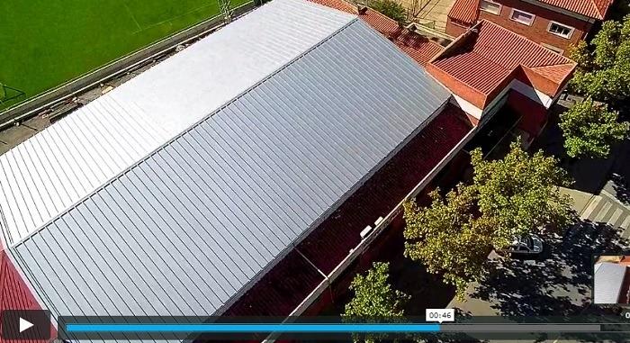 El nuevo tejado de la piscina climatizada ya est for Piscina climatizada teruel