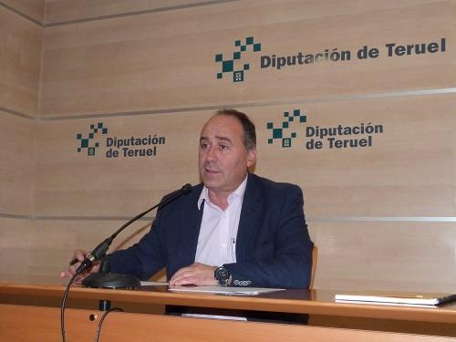 En la imagen ,el diputado delegado de Ayudas Culturales y Deportivas, Miguel Iranzo,