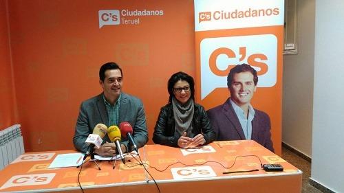 Los concejales de Ciudadanos en el Ayuntamiento de Teruel Loreto Camañes y Ramón Fuertes